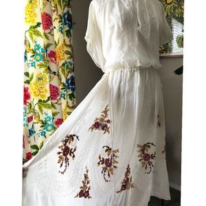 Johnny Was LOVE White Embroidered Kaftan Dress S